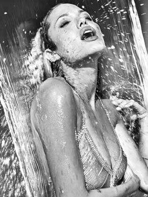 Jolie'nin şok pozları - 65